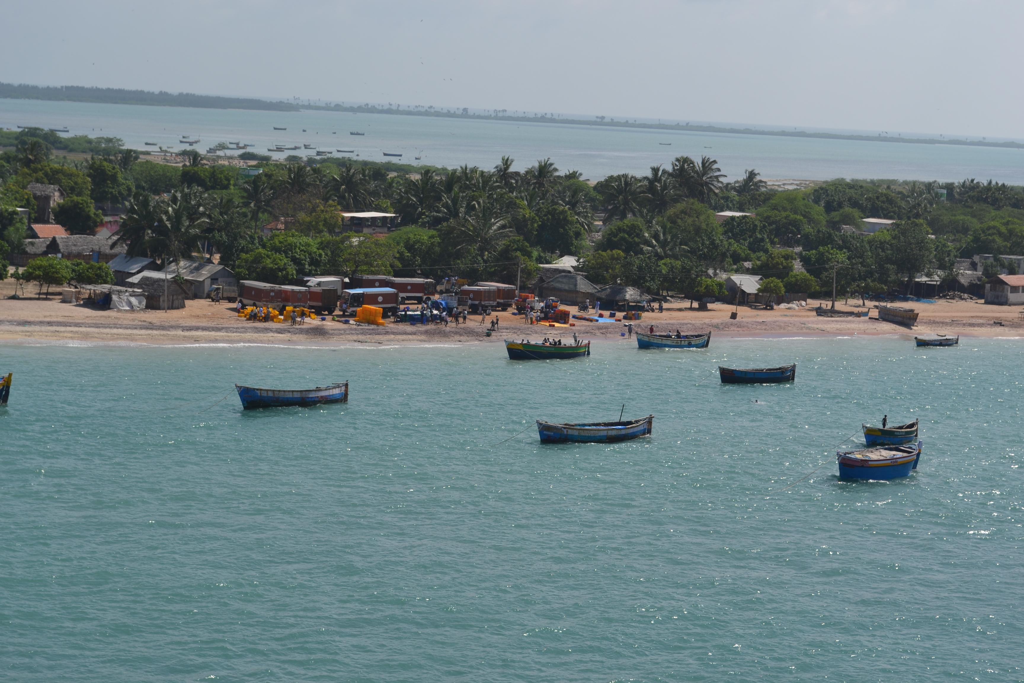 dhanushkodi beach point